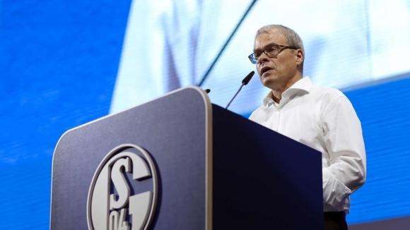 Шалке 04 обяви официално, че финансовият директор Петър Питърс ще