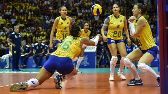 Женският национален отбор на волейбол на Бразилия няма къде да