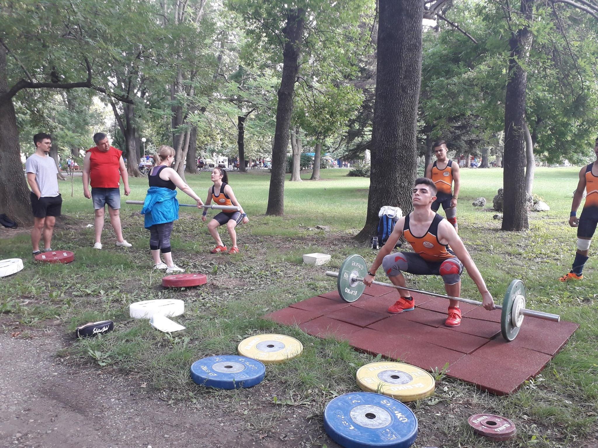 Тежкоатлетически спортен клуб – Русе се включи с урок на