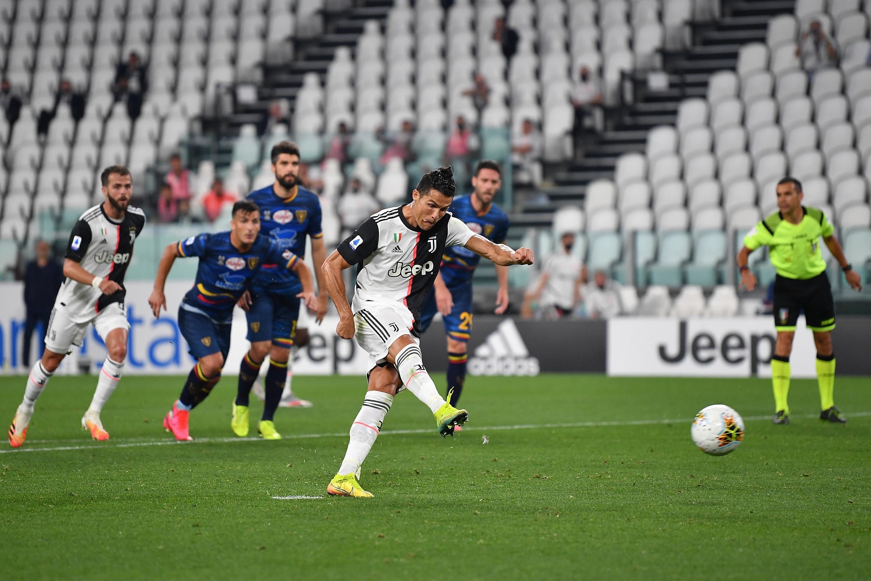 Португалската мегазвезда на Ювентус Кристиано Роналдо порази вратата на Лече