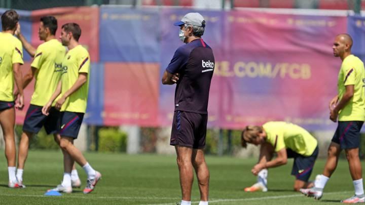 Наставникът на Барселона Кике Сетиен потвърди, че вчера е имало