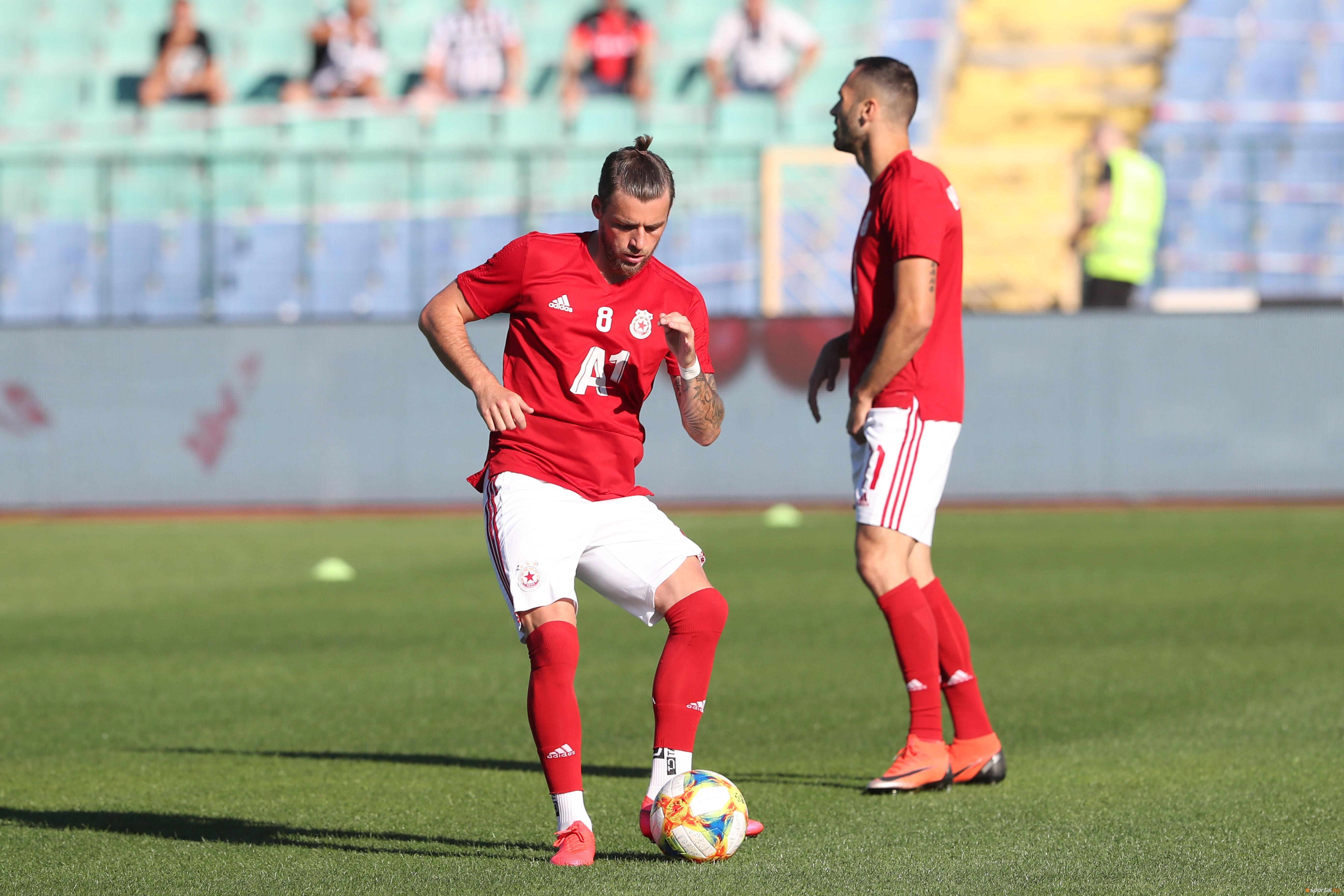 В ЦСКА-София очакват в следващите дни екипировката си за новия