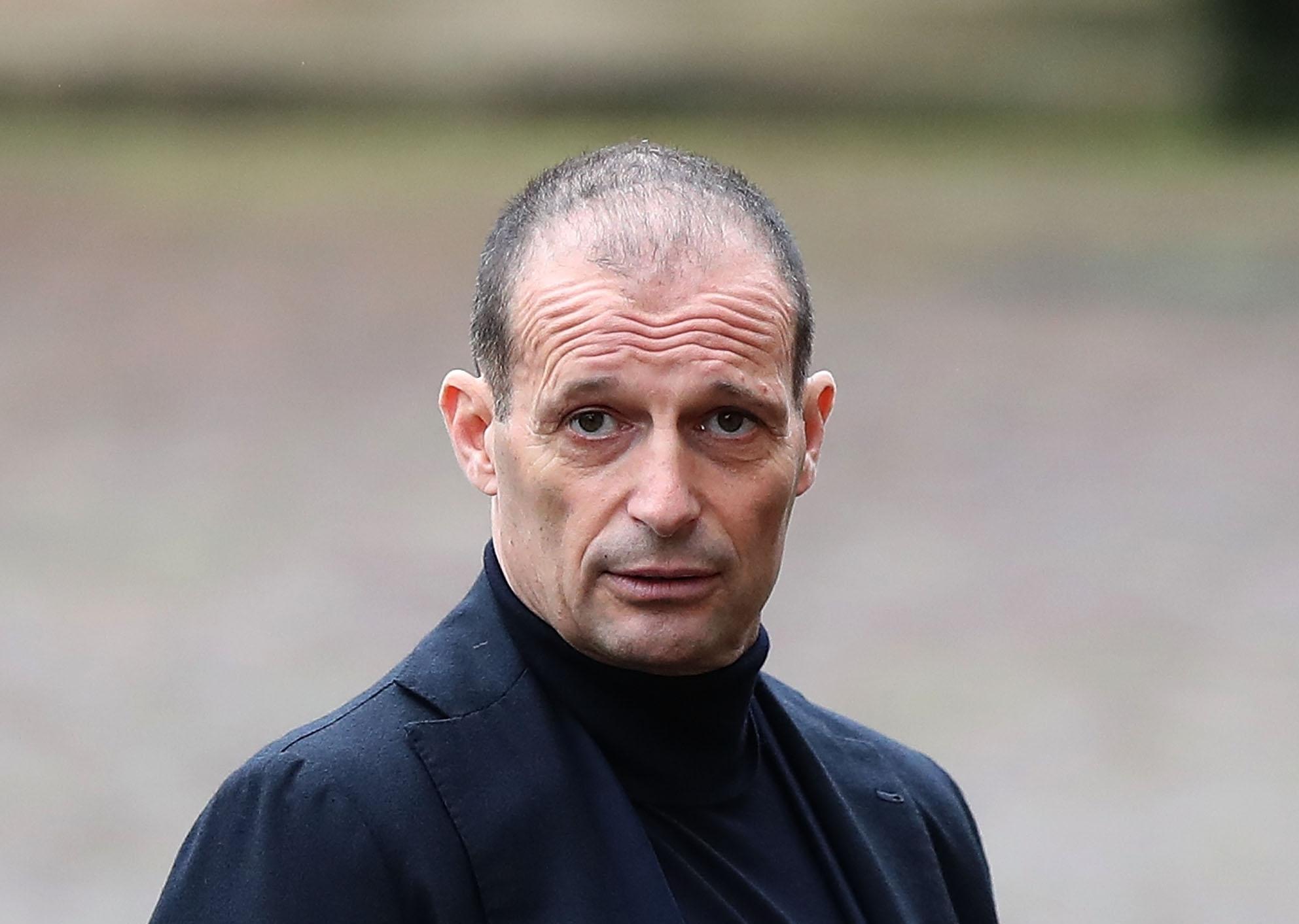 Масимилиано Алегри е отказал оферта да поеме Борусия (Дортмунд), твърди