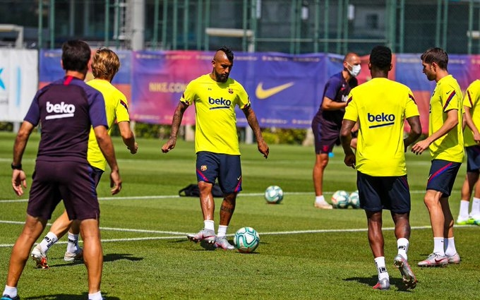 Представители на антидопинговата агенция на УЕФА са посетили тренировъчната база