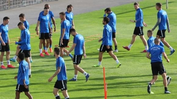 Група от 19 футболисти определи временният треньор на Левски Георги