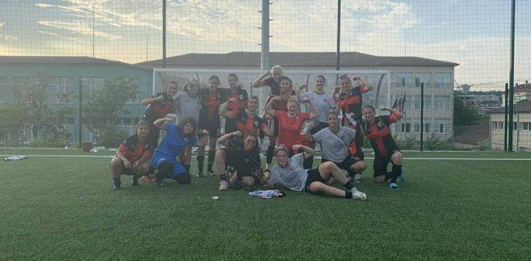 Завърши XV кръг от държавното първенство по футбол за жени.