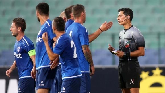 Треньорът на Спартак (Вн) търси чужди защитници чрез фейсбук. Заплатата