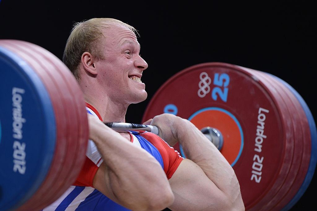 Международната федерация по вдигане на тежести временно спря състезателните права
