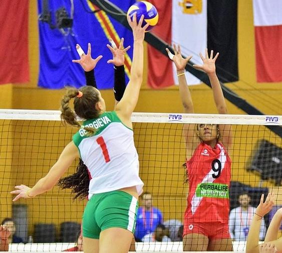Младата българска националкаАлександра Георгиеваще играе във Франция през следващия сезон.