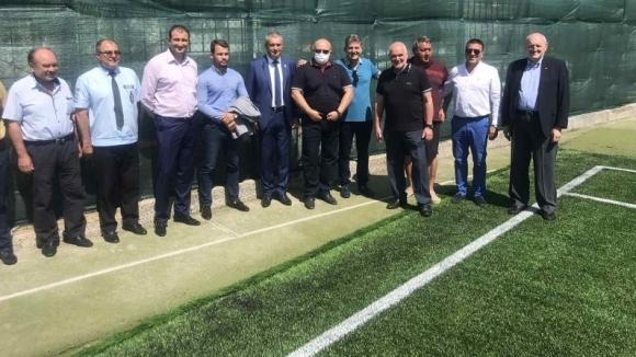 Българският футболен съюз изгради най-модерната футболна площадка в Силистра, похвали