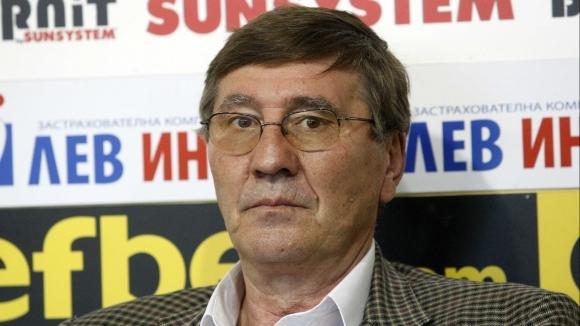 Президентът на БФБаскетбол Георги Глушков говори по темата за новата