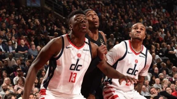 Двама баскетболисти на Вашингтон са заразени с коронавирус, съобщиха от