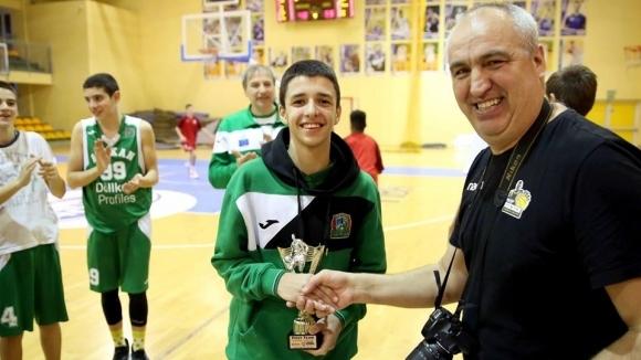 Александър Гавалюгов получи най-високо отличие в Европейската младежка лига. Гардът