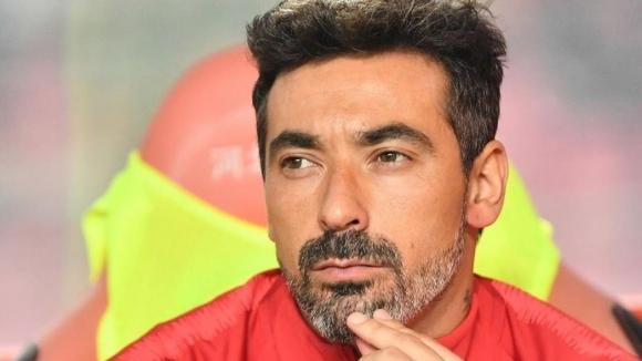 Бившият нападател на аржентинския национален отбор Есекиел Лавеци е решил