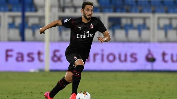 Халфът на Милан Хакан Чалханоглу коментира победата над Ювентус, престоя