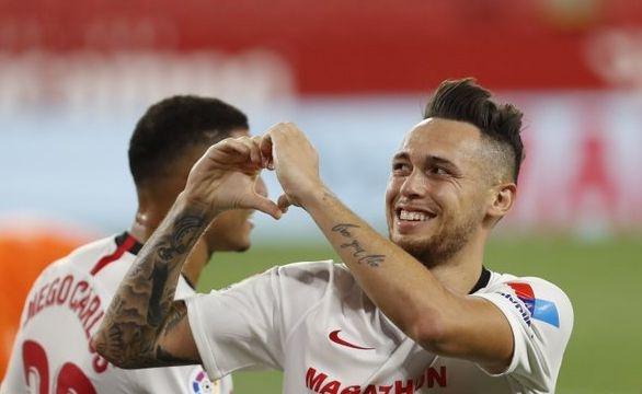 Севиля постигна победа с 2:0 срещу борещия се да не
