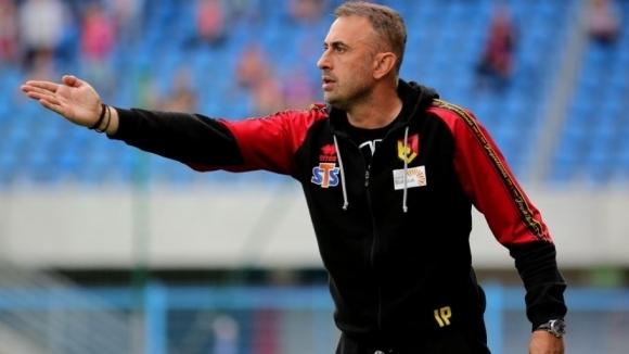 Бившият национален селекционер Ивайло Петев беше много ядосан след загубата