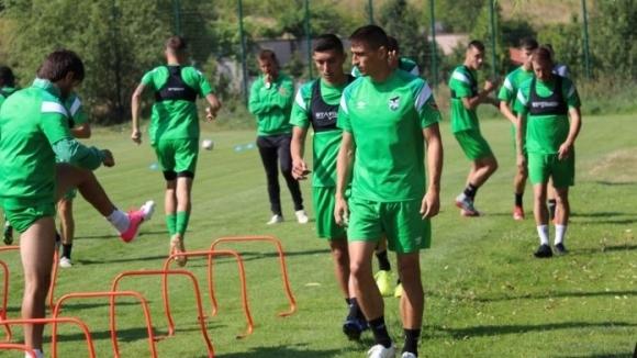 Две контролни срещи ще изиграе отборът на Пирин Благоевград през