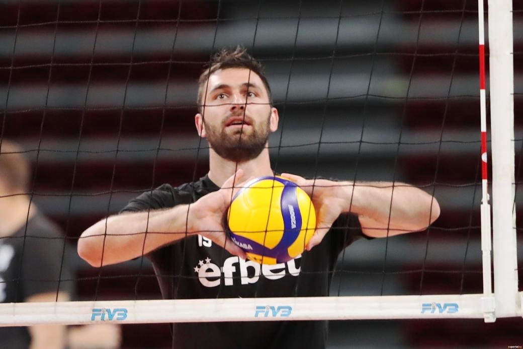 Селекционерът на националния отбор по волейбол Силвано Пранди - Професора