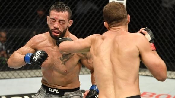 Келвин Кейтърсподели клетката сДан Игев главната битка на UFC on