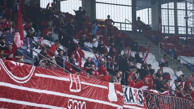 Датският клуб Олборг беше глобен от местния футболен съюз (ДБУ)