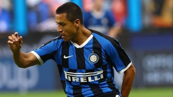 Ръководството на Интер преговаря с Манчестър Юнайтед относно възможността Алексис
