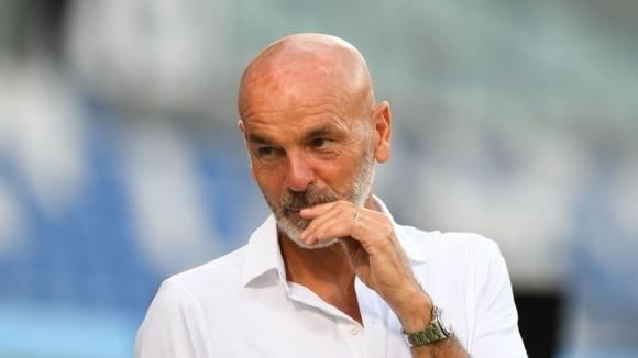 Ръководството на Милан обеща на старши треньора Стефано Пиоли да