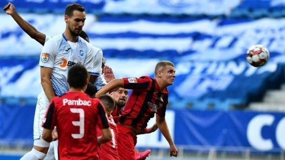 Мачът на румънското първенство между Астра (Гюргево) и лидера Университатя