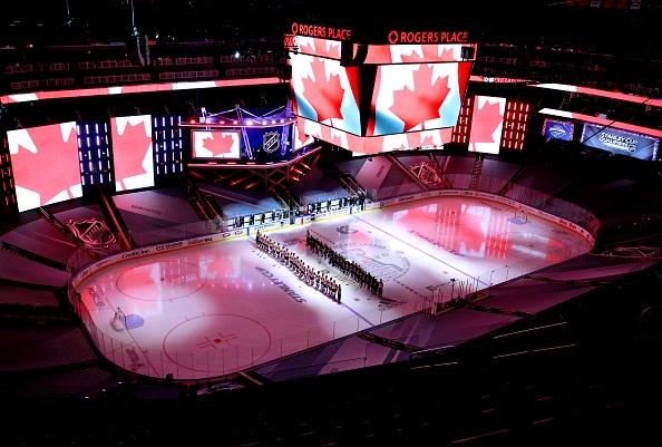 Тази събота НХЛ се присъединява към малцината спортове, които се