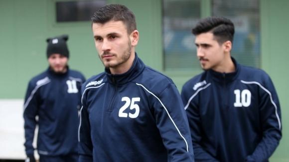 Пет покани за различните национални гарнитури на България получиха играчите
