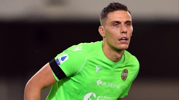 Вратарят Марко Силвестри преподписа договора си с елитния италиански отбор