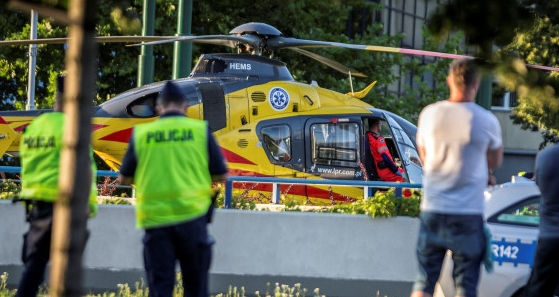 Холандският колоездач Фабио Якобсен се намира в изкуствена кома, след