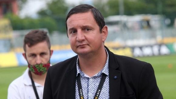Прокуристът на Ботев (Пловдив) Асен Караславов изрази опасенията си, че