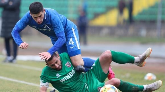 ПФК Левски трансферира защитника Иван Горанов в белгийския Роял Шарлероа.