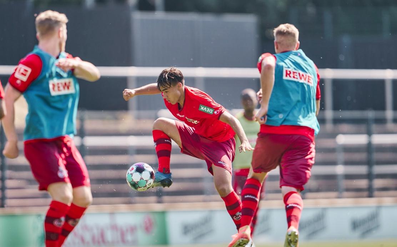 Двама футболисти на Кьолн са дали положителни проби за коронавирус,