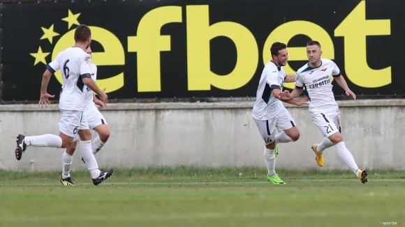 Септември (Симитли) спечели с 2:0 домакинството си на Литекс на