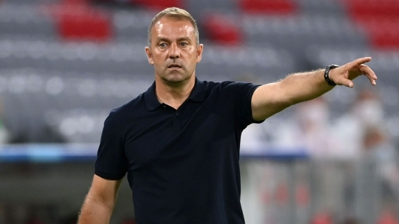 Треньорът на Байерн (Мюнхен) Ханзи Флик похвали своите футболисти след