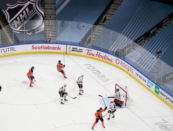 Националната хокейна лига на САЩ и Канада (НХЛ) обяви, че