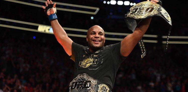 Бившият шампион на UFC в две тегловни категории Даниел Кормие