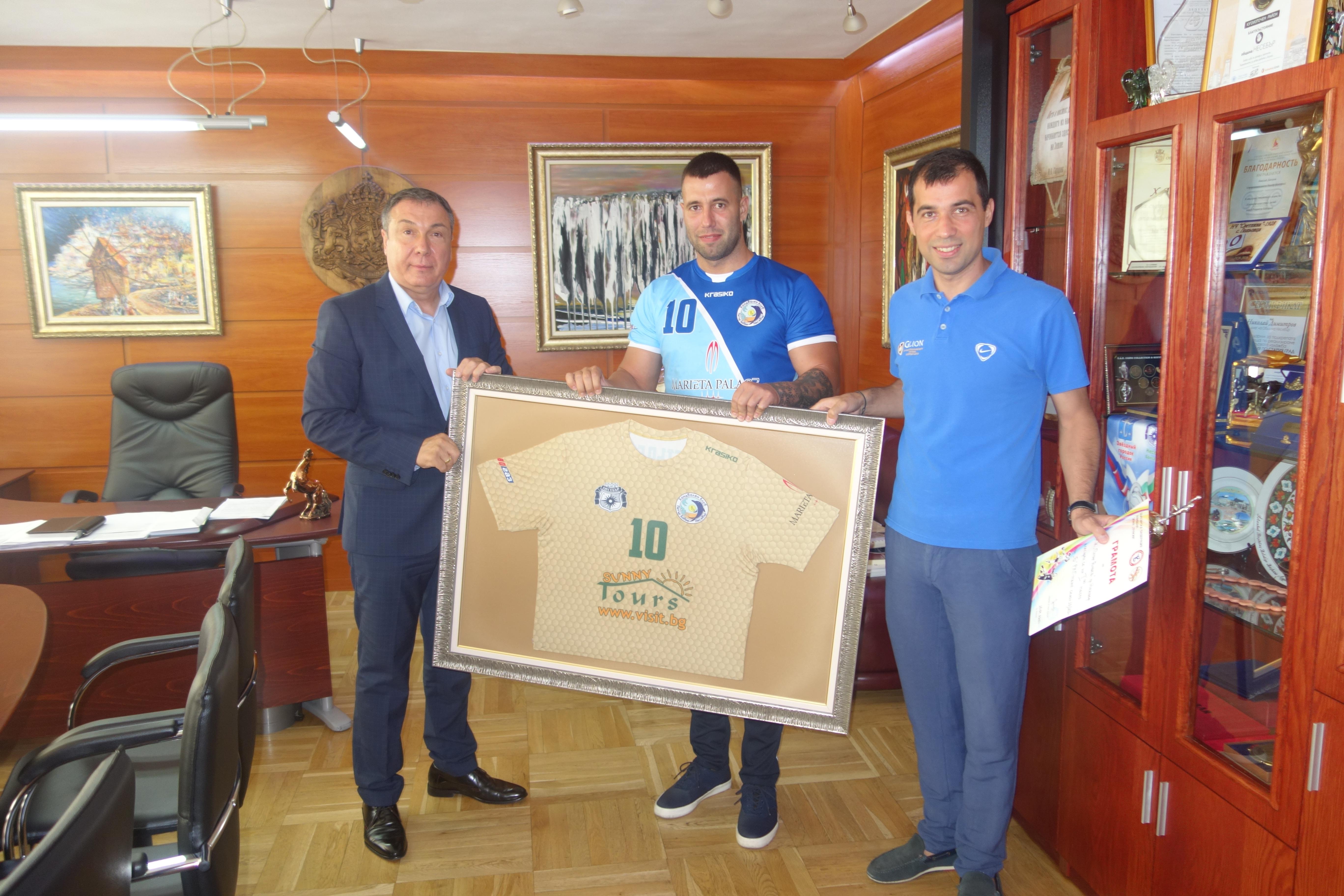 Кметът на община Несебър Николаи Димитров се срещна с ръководството