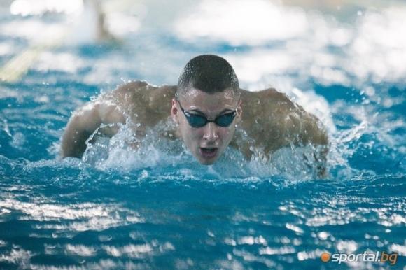 Постижението на обещаващия плувен ас Йосиф Миладинов на 100 м