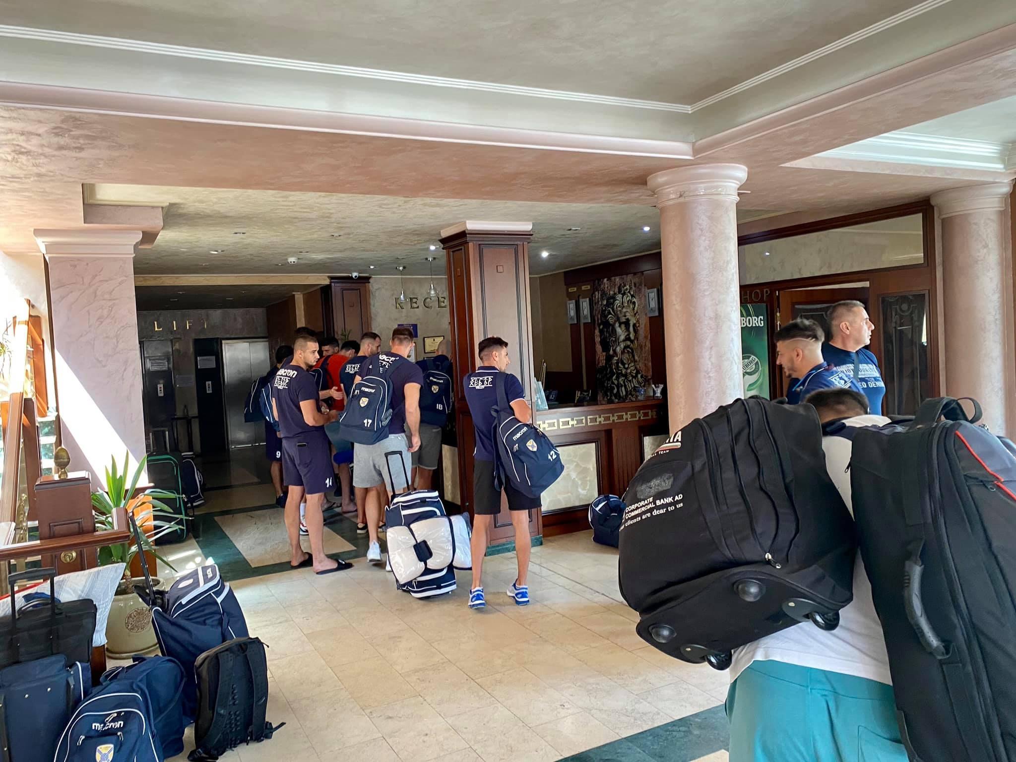 Мъжкият отбор на ВК Хебър (Пазарджик) замина днес за Тетевен,