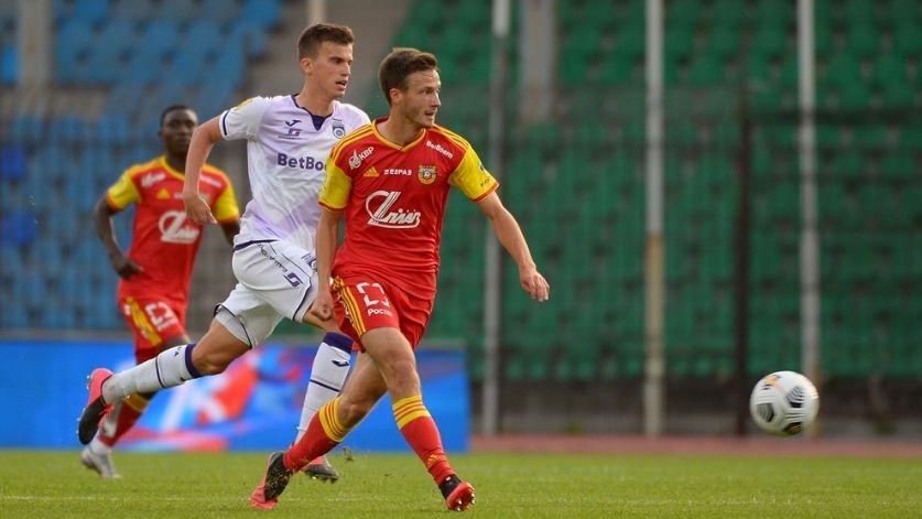 Българският национал не игра за при домакинската загуба с 2:3