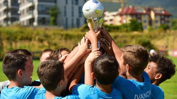 Отборите на футболна академия