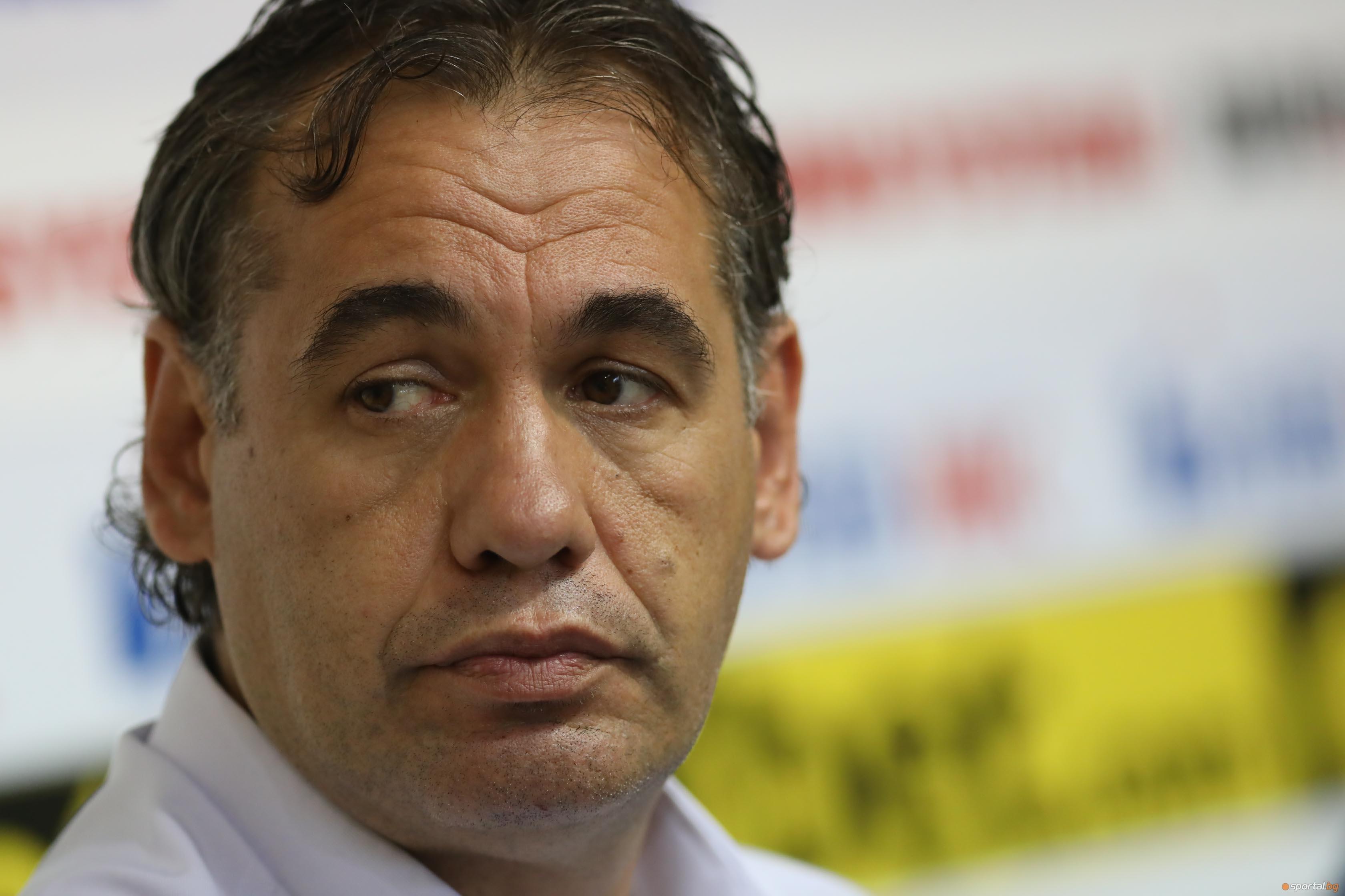 Волейболният отбор на Марек Юнион Ивкони (Дупница) се готви за