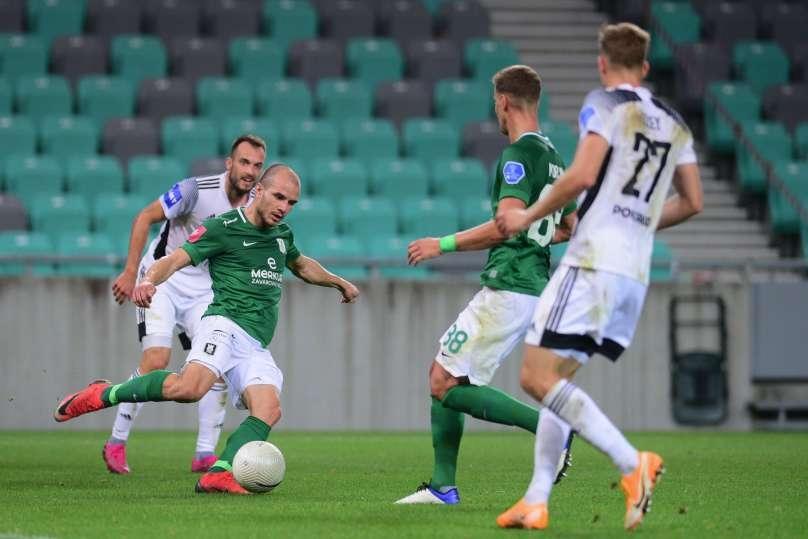 Отборът на Олимпия (Любляна) направи домакинско равенство 0:0 срещу Мура.