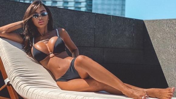 Биляна Дол продължава да се наслаждава на ваканцията си в