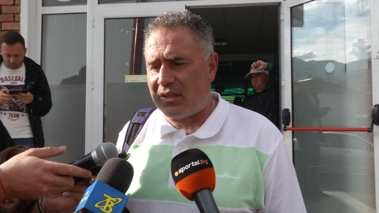 Мнение на директора на ДЮШ на Славия Ангел Славков, който