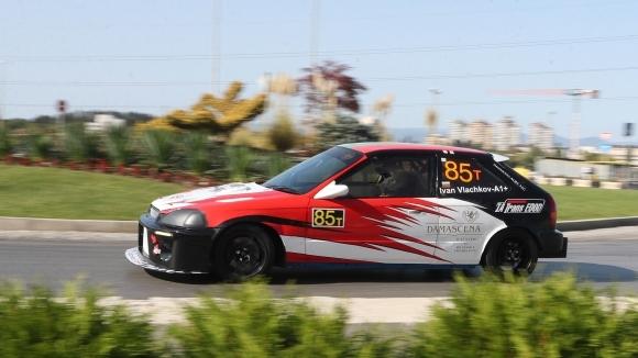 Рекордна за сезона конкуренция от десет пилоти очаква Иван Влъчков