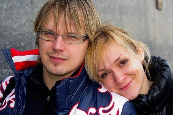 Бившият състезател по фигурно пързаляне Максим Стависки запази званието си